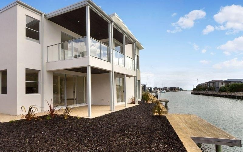 Cutting Edge on Clipper Quay - Waterfront Home